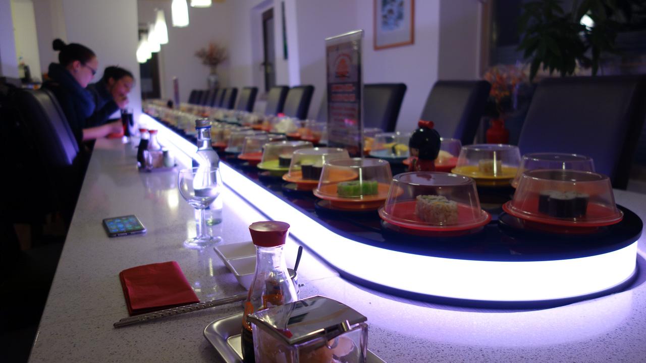 Sushi lopende band Asahi Running Sushi